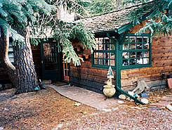 Click Here to Visit Wendy's Canyon Cottages Website